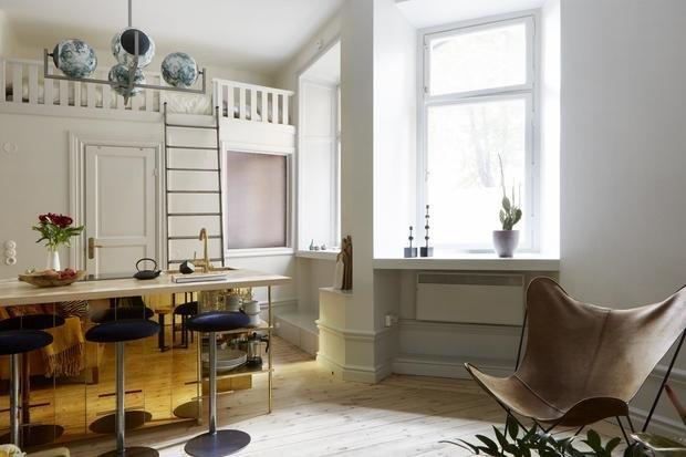 Фотография: Кухня и столовая в стиле Эклектика, Скандинавский, Декор интерьера, Малогабаритная квартира, Квартира, Студия, Швеция, Стокгольм – фото на InMyRoom.ru