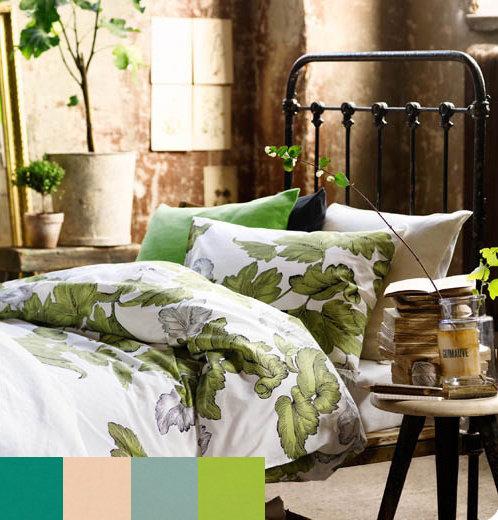 Фотография: Гостиная в стиле Прованс и Кантри, Спальня, Декор интерьера, Интерьер комнат, Цвет в интерьере, Цветы – фото на InMyRoom.ru