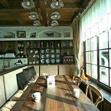 Фотография: Кухня и столовая в стиле Кантри, Классический, Современный, Декор интерьера, Дом, Дома и квартиры, Шале, МАРХИ – фото на InMyRoom.ru