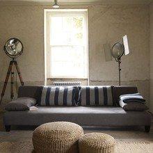 Фотография: Гостиная в стиле Кантри, Лофт, Декор интерьера, Мебель и свет, Советы – фото на InMyRoom.ru