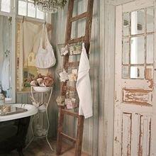 Фотография: Ванная в стиле Кантри, Классический, Современный, Декор интерьера, DIY, Декор, Мебель и свет, Советы, предметы мебели своими руками, предметы декора своими руками, хэндмейд – фото на InMyRoom.ru