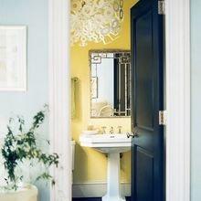 Фотография: Ванная в стиле Кантри, Советы, Желтый, Виктория Тарасова – фото на InMyRoom.ru