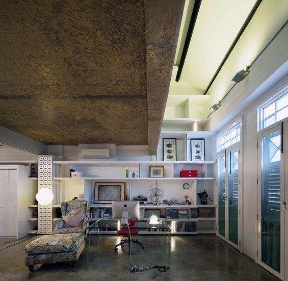 Фотография: Кабинет в стиле Эклектика, Квартира, Дома и квартиры, Лестница – фото на INMYROOM