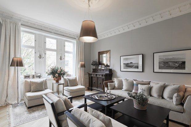 Фотография: Гостиная в стиле Классический, Современный, Декор интерьера, Квартира, 4 и больше, Более 90 метров – фото на InMyRoom.ru