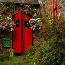 Фотография: Ландшафт в стиле , Декор интерьера, Дом, Декор дома, Двери – фото на InMyRoom.ru