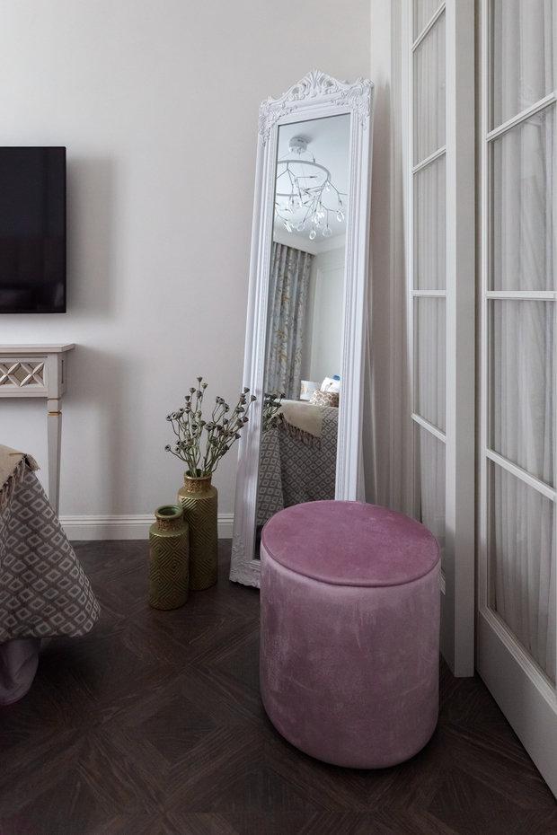 Фотография: Спальня в стиле Классический, Современный, Квартира, Проект недели, Новосибирск, 2 комнаты, 40-60 метров, Александра Протасова – фото на INMYROOM