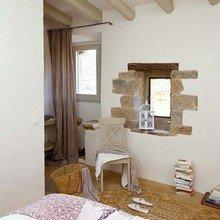 Фотография: Спальня в стиле Кантри, Дом, Дома и квартиры, Балки – фото на InMyRoom.ru