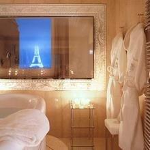 Фотография: Ванная в стиле Классический, Дома и квартиры, Городские места, Отель – фото на InMyRoom.ru