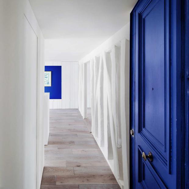 Фотография:  в стиле Современный, Квартира, Франция, Мебель и свет, Дома и квартиры, Париж – фото на InMyRoom.ru