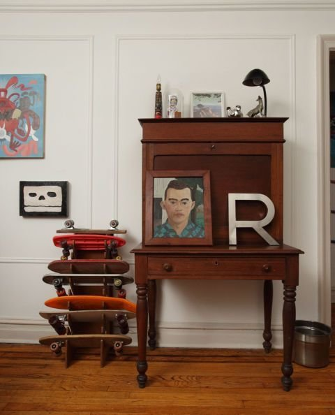 Фотография: Мебель и свет в стиле Прованс и Кантри, DIY, Квартира, Аксессуары, Советы, хранение, хранение спортивных снарядов, хранение лыж в квартире, хранение роликов в квартире, хранение доски для серфинга в квартире, хранение сноуборда в квартире, идеи хранения велосипеда в квартире, хранение самоката в квартире, хранение скейта в квартире – фото на InMyRoom.ru