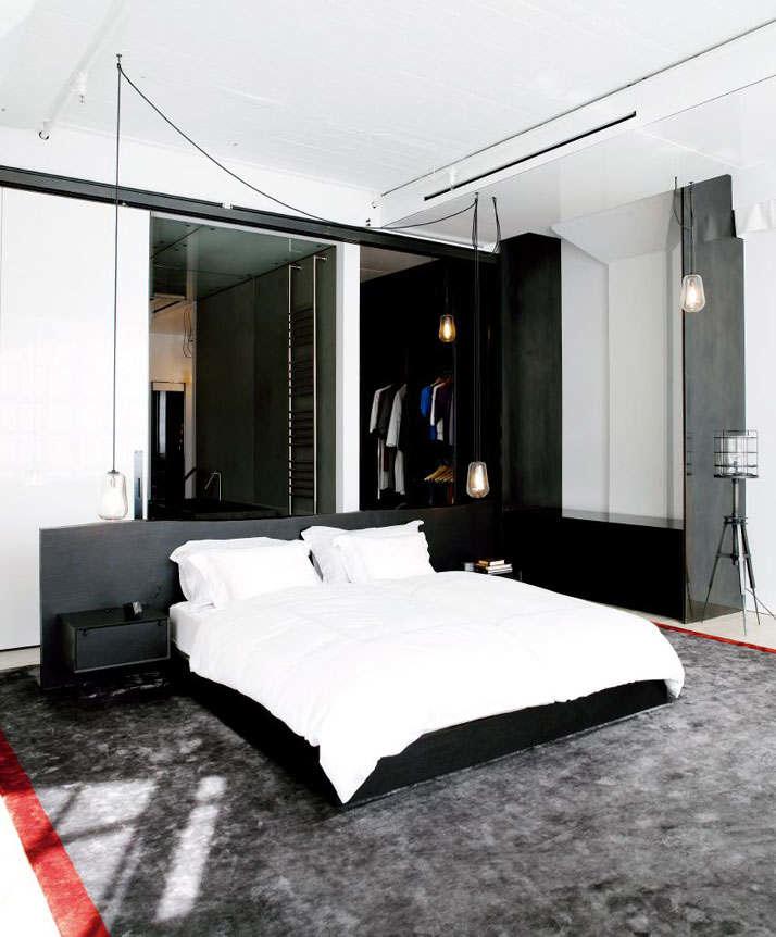 Фотография: Спальня в стиле Лофт, Квартира, Дома и квартиры, Проект недели, Индустриальный – фото на InMyRoom.ru