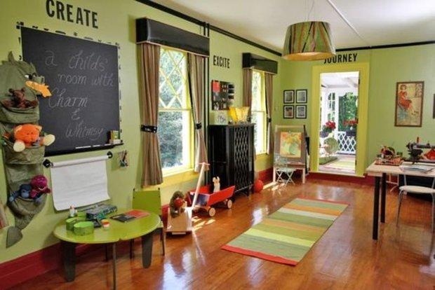 Фотография:  в стиле , Детская, Советы, Metro, домашний офис для ребенка, учебная зона в детской – фото на InMyRoom.ru