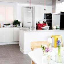 Фотография: Кухня и столовая в стиле Скандинавский, Эклектика,  – фото на InMyRoom.ru