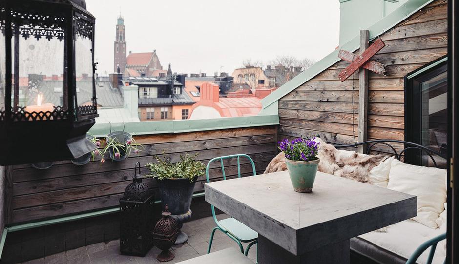 Фотография: Балкон, Терраса в стиле Скандинавский, Малогабаритная квартира, Квартира, Дома и квартиры, Мансарда – фото на InMyRoom.ru