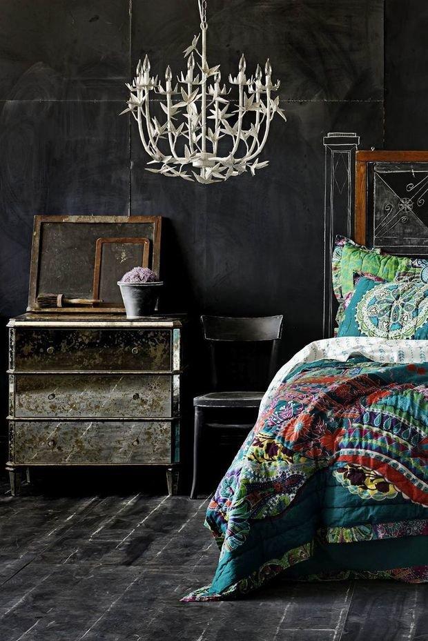 Фотография: Спальня в стиле Прованс и Кантри, Эклектика, Декор интерьера, Дизайн интерьера, Цвет в интерьере – фото на InMyRoom.ru