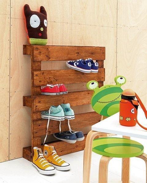 Фотография: Гостиная в стиле Эко, Прихожая, Советы, хранение обуви, идеи хранения обуви – фото на InMyRoom.ru