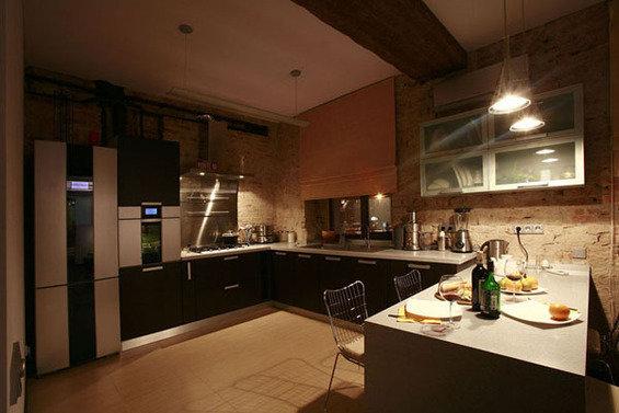Фотография: Кухня и столовая в стиле Лофт, Квартира, Дома и квартиры, Москва – фото на INMYROOM