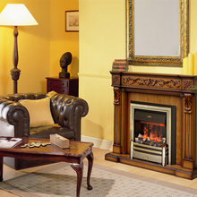 Фотография: Гостиная в стиле Классический, Декор интерьера, Квартира, Дом, Мебель и свет, Камин – фото на InMyRoom.ru