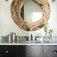 Фотография: Ванная в стиле Лофт, Декор интерьера, Дом, Декор дома, Зеркало – фото на InMyRoom.ru