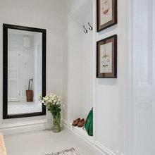 Фотография: Прихожая в стиле Скандинавский, Аксессуары, Декор, Мебель и свет, Советы, Белый, белая комната, идеи для белой прихожей – фото на InMyRoom.ru