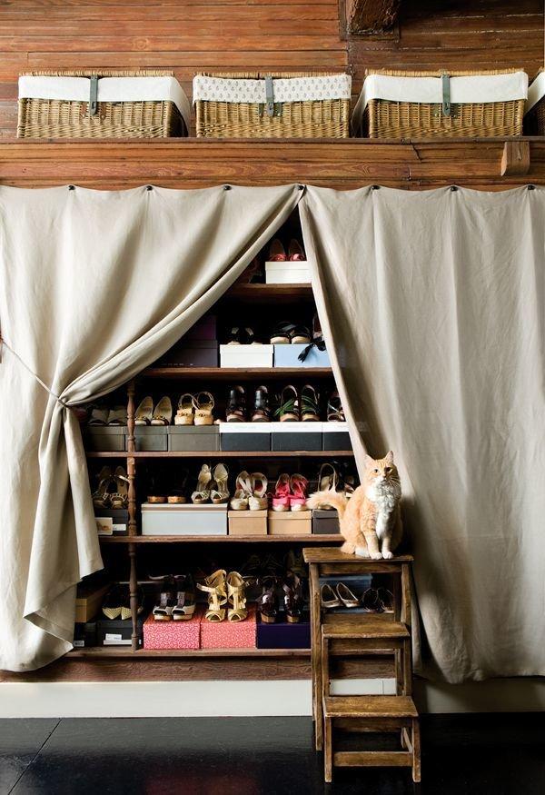 Фотография: Гардеробная в стиле Прованс и Кантри, Прихожая, Советы, хранение обуви, идеи хранения обуви – фото на InMyRoom.ru