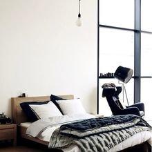 Фотография: Спальня в стиле Лофт, Скандинавский, Декор интерьера, Квартира, Дом, Декор, Советы – фото на InMyRoom.ru