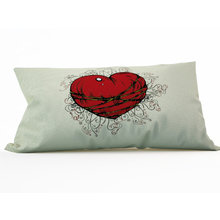 Декоративная подушка: Шелковое сердце