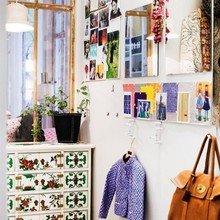 Фотография: Прихожая в стиле Кантри, Скандинавский, Декор интерьера, Квартира, Швеция, Дизайн интерьера, Цвет в интерьере, Белый, Черный, Желтый – фото на InMyRoom.ru