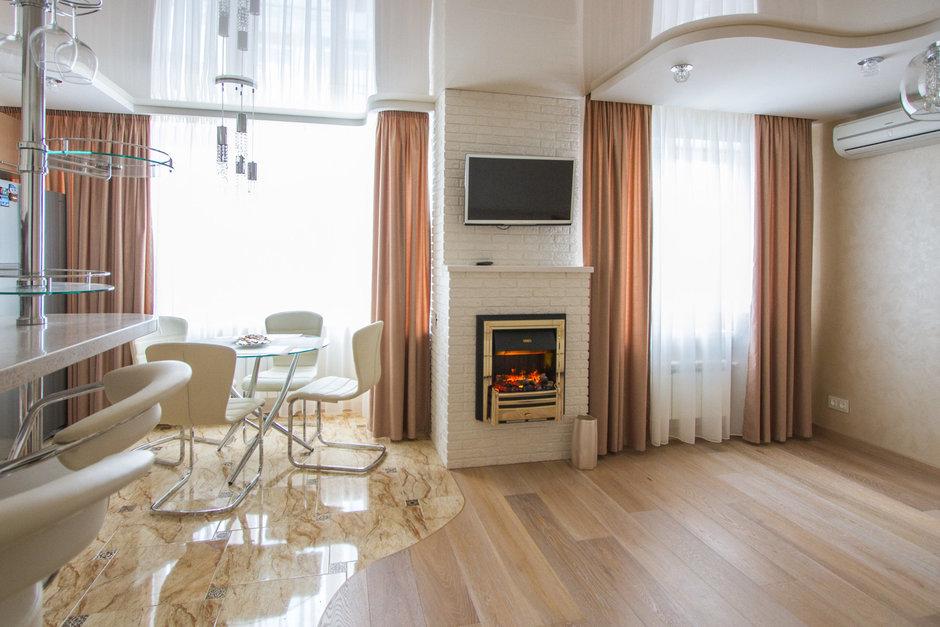 Фотография: Кухня и столовая в стиле Современный, Хай-тек, Классический, Квартира, Проект недели – фото на InMyRoom.ru