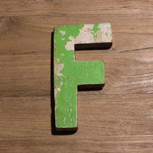Декоративная буква (F)