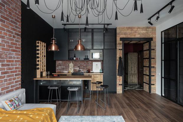 Фотография: Кухня и столовая в стиле Лофт, Квартира, Студия, Перепланировка, VizDiz – фото на INMYROOM