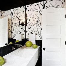 Фотография: Ванная в стиле Современный, Дом, Цвет в интерьере, Дома и квартиры, Белый, Черный – фото на InMyRoom.ru