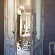 Фотография: Кухня и столовая в стиле Кантри, Дом, Франция, Дома и квартиры, Прованс, Двери, Беседка – фото на InMyRoom.ru