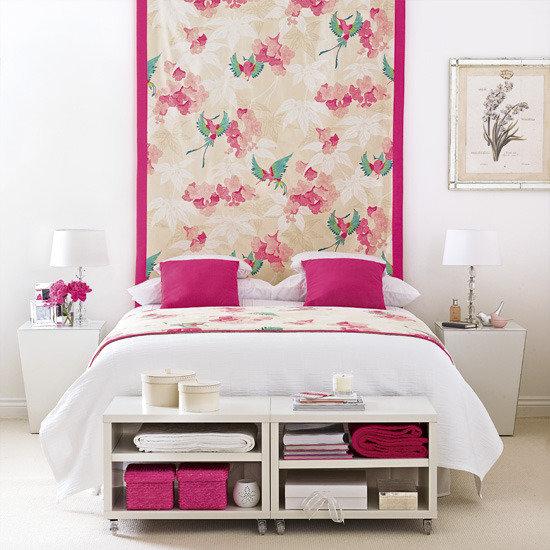 Фотография: Спальня в стиле Прованс и Кантри, Восточный, Декор интерьера, DIY, Обои – фото на InMyRoom.ru