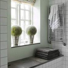 Фотография: Ванная в стиле Кантри, Дом, Терраса, Цвет в интерьере, Дома и квартиры, Белый, Минимализм, Плетеная мебель – фото на InMyRoom.ru