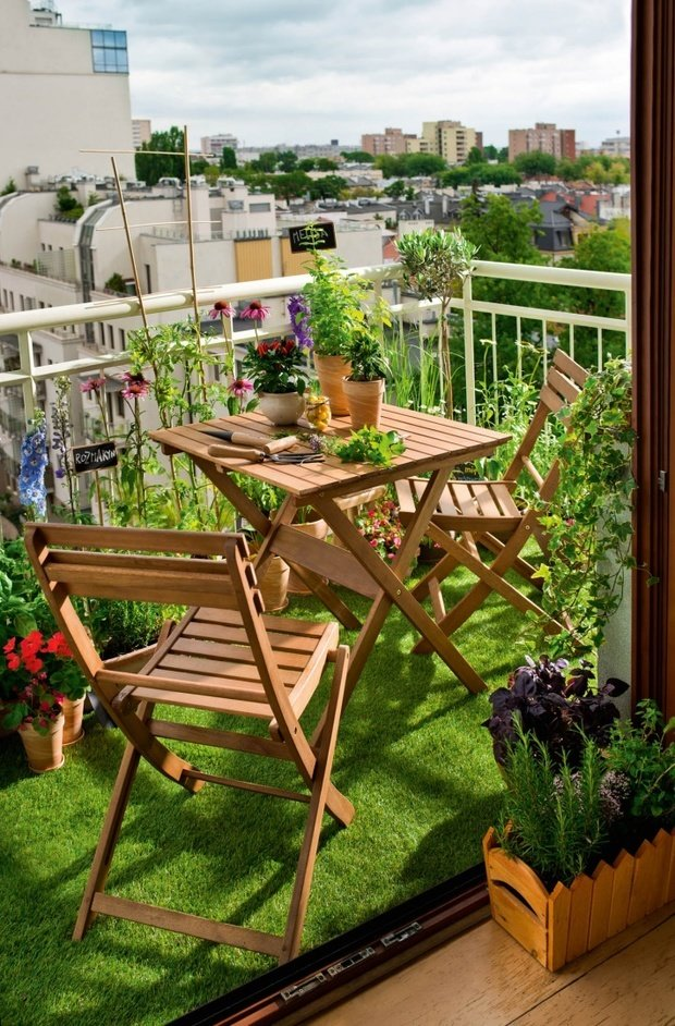 Фотография: Балкон в стиле Эко, Советы, балкон в квартире, Leroy Merlin, балкон летом – фото на INMYROOM