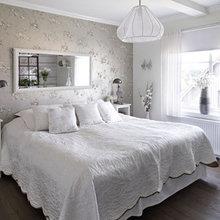 Фотография: Спальня в стиле Кантри, Дом, Цвет в интерьере, Дома и квартиры, Белый – фото на InMyRoom.ru