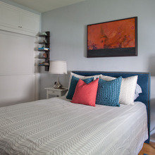 Фотография: Спальня в стиле Скандинавский, Квартира, Дома и квартиры, Лос-Анджелес – фото на InMyRoom.ru