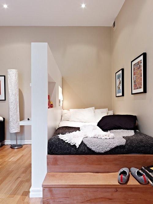 Фотография: Спальня в стиле Скандинавский, Советы, Бежевый, Серый, Мебель-трансформер, кровать-трансформер, диван-кровать – фото на InMyRoom.ru