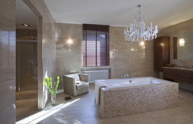 Фотография: Ванная в стиле Классический, Современный, Квартира, Проект недели, Бежевый, Коричневый – фото на InMyRoom.ru