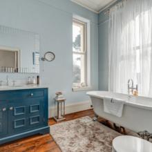 Фото из портфолио 10 способов добавить цвет в вашу ванную комнату – фотографии дизайна интерьеров на INMYROOM