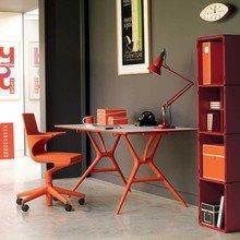 Фотография: Кабинет в стиле Лофт, Декор интерьера, Офисное пространство, Мебель и свет – фото на InMyRoom.ru