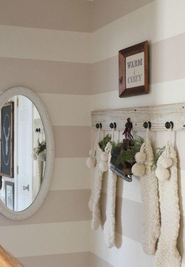 Фотография: Декор в стиле Скандинавский, Прихожая, Интерьер комнат, Ковер, Шкаф – фото на InMyRoom.ru