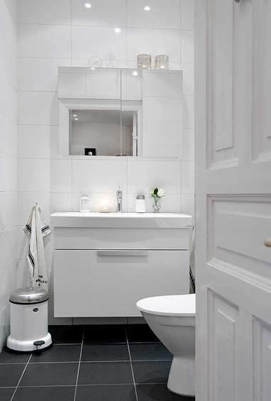 Фотография: Ванная в стиле Прованс и Кантри, Скандинавский, Квартира, Швеция, Мебель и свет, Дома и квартиры, Гетеборг – фото на InMyRoom.ru