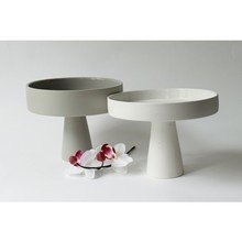 Фото из портфолио керамические вазы – фотографии дизайна интерьеров на InMyRoom.ru