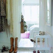 Фотография: Прихожая в стиле Кантри, Скандинавский, Интерьер комнат, Ковер – фото на InMyRoom.ru