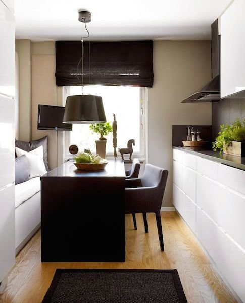 Фотография: Кухня и столовая в стиле Современный, Хай-тек, Декор интерьера, Декор дома, Кухонный остров – фото на InMyRoom.ru