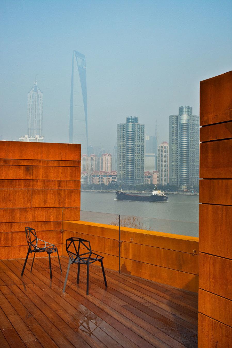 Фотография: Балкон, Терраса в стиле Современный, Дома и квартиры, Городские места – фото на InMyRoom.ru