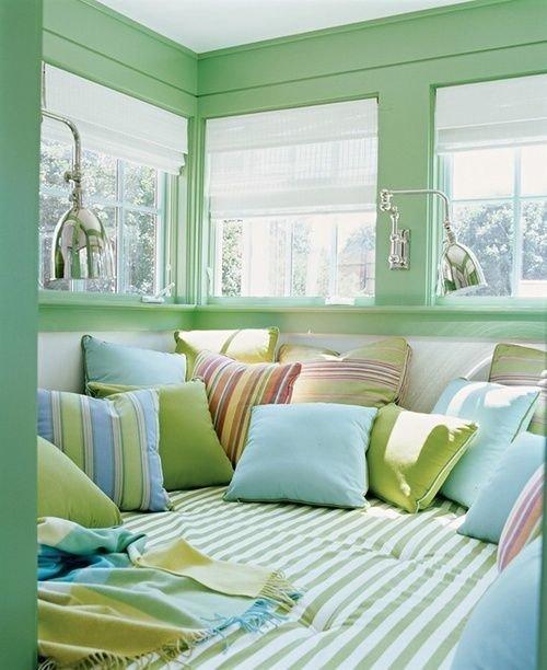 Фотография: Балкон, Терраса в стиле Современный, Спальня, Интерьер комнат – фото на InMyRoom.ru