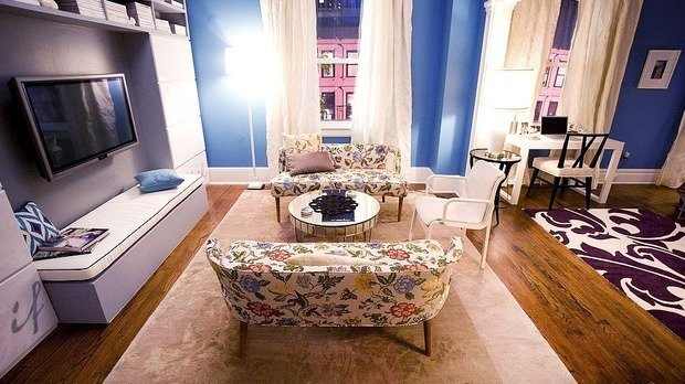 Фотография: Гостиная в стиле Современный, Эклектика, Декор интерьера, Советы, Минимализм, Гид – фото на INMYROOM
